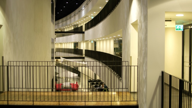Fysikinstitutionens korridorer